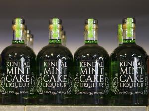 Kendal Mint Cake Liqueur | Wines, Spirits & Ales | Pioneer Foodstore